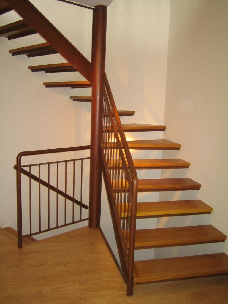 Escaleras acero corten barandas acero inoxidable - Vallas para escaleras ...